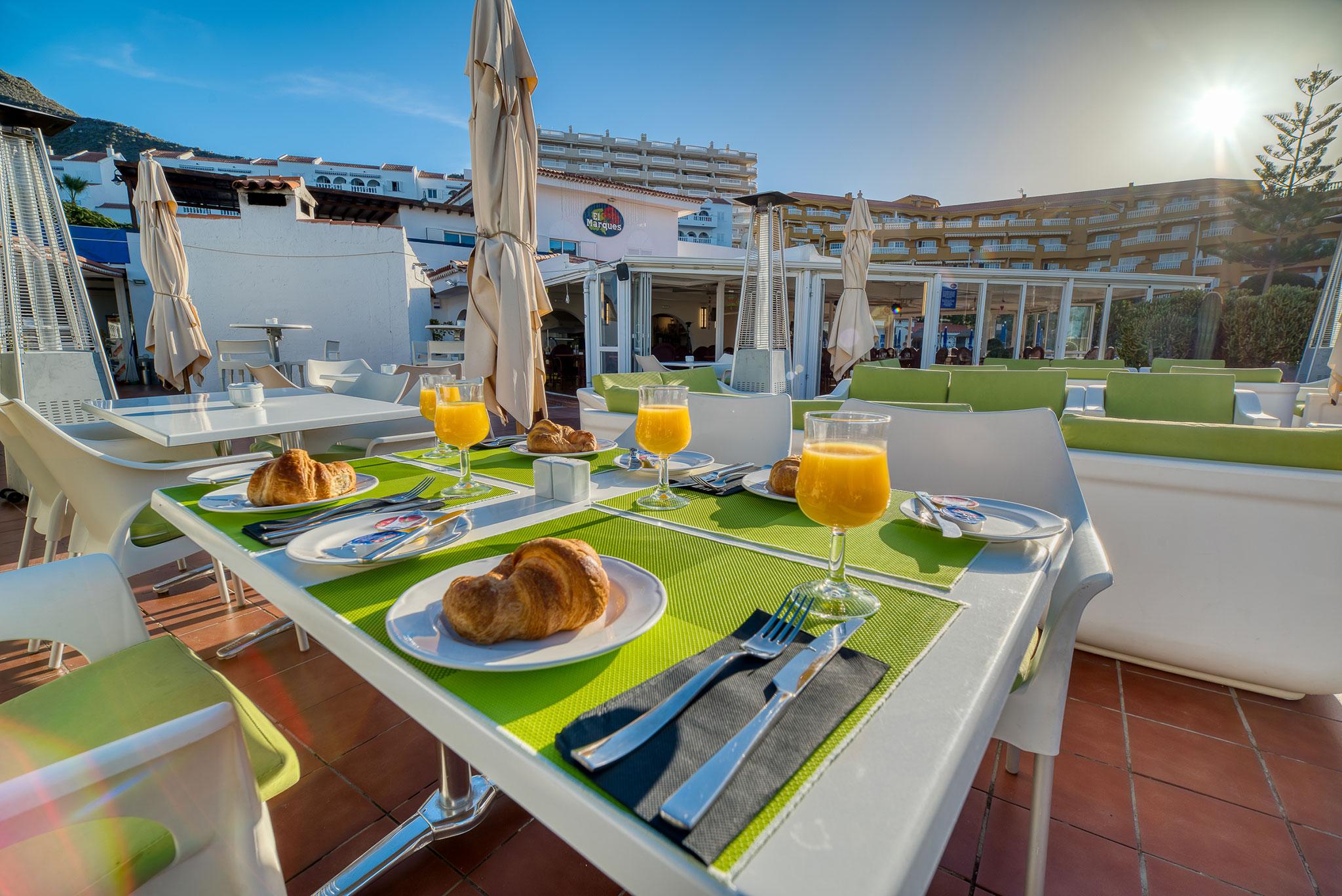 Hotel Marques Breakfast