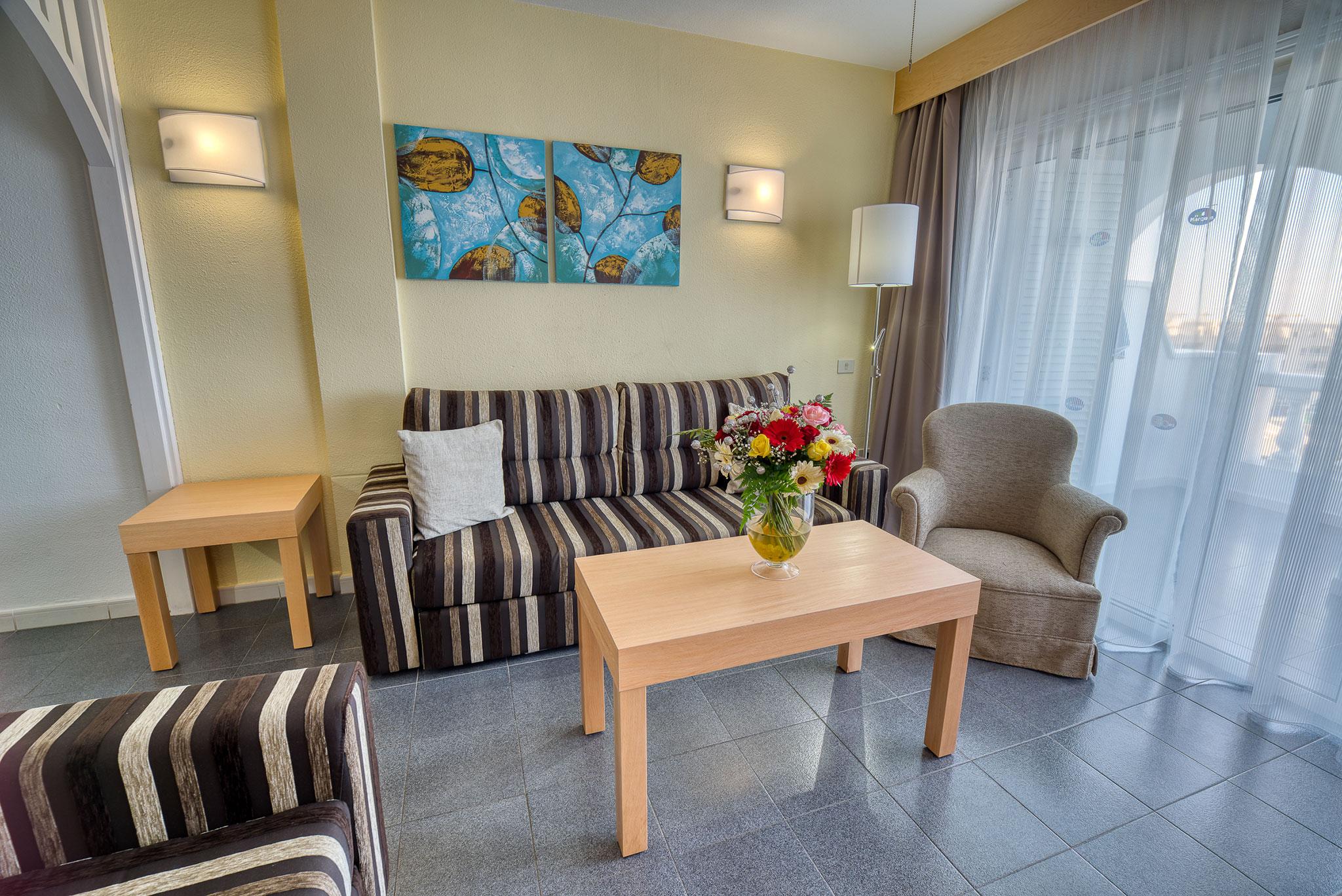 livingroom-hotel-canary