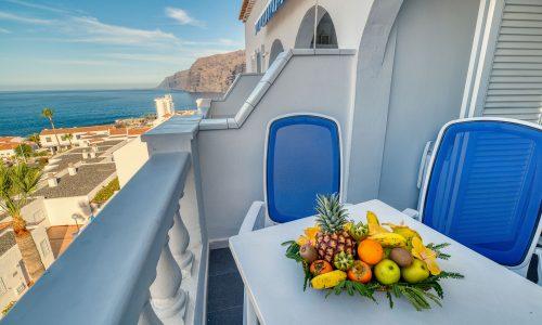 marques-1bedroom-balcony